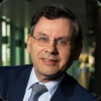 Noe Van Hulst - Chair - IPHE